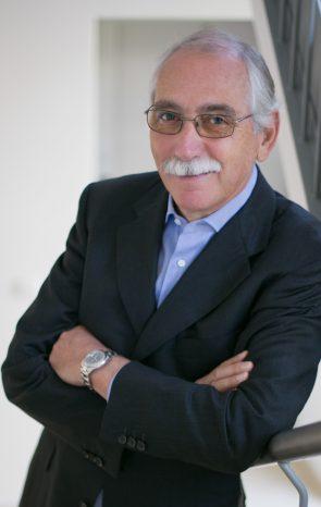 Dr. Heizer
