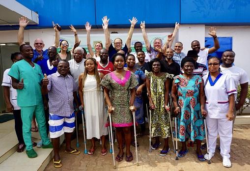 Togo Hilfsprojekt Dr. Bachfischer OFZ Orthopädisches Fachzentrum Hüfte Prothese
